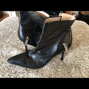 Manolo Blahnik ankle boots size 39 1/2 or 8.5 US